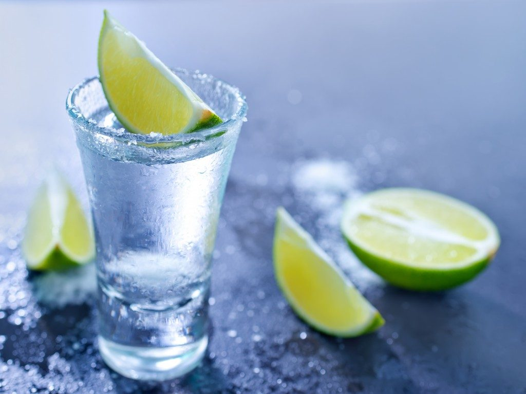 liquor with lime