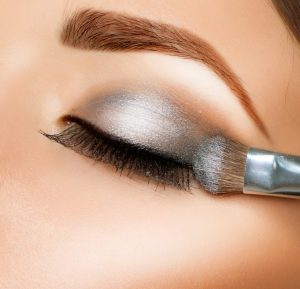 eyeshadow application