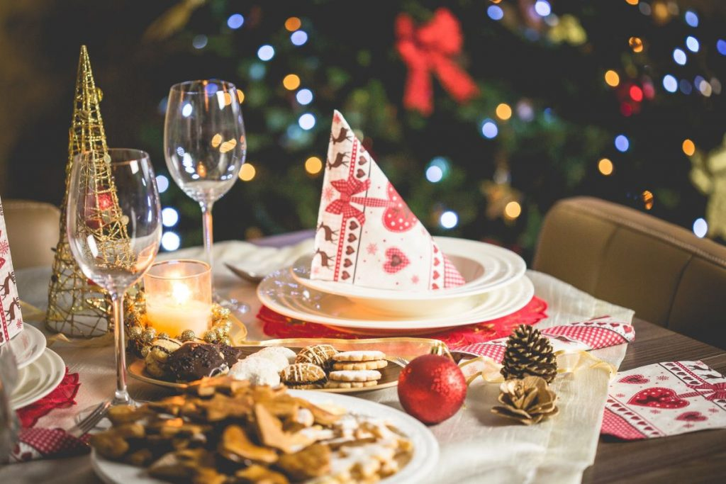 christmas party dining table