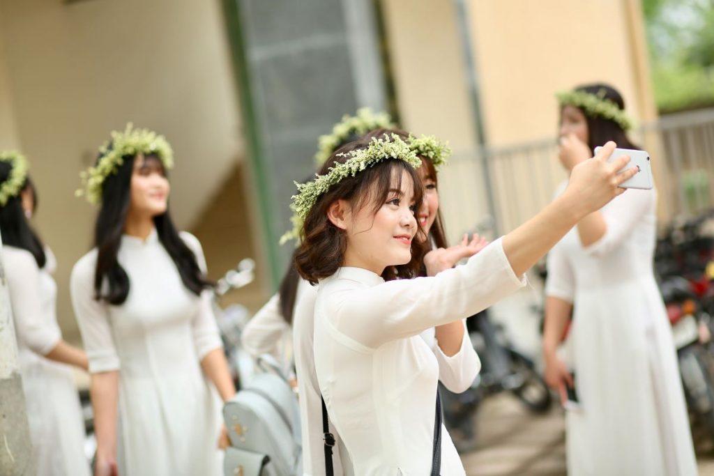bridesmaids taking a photo
